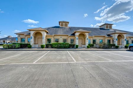 Building 6 - The Offices at Reflection Bay - Pearland