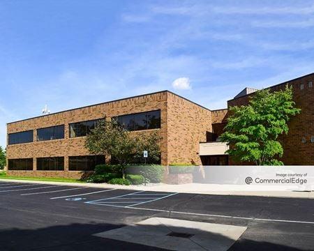 Adams Woods Office Plaza - Bloomfield Hills