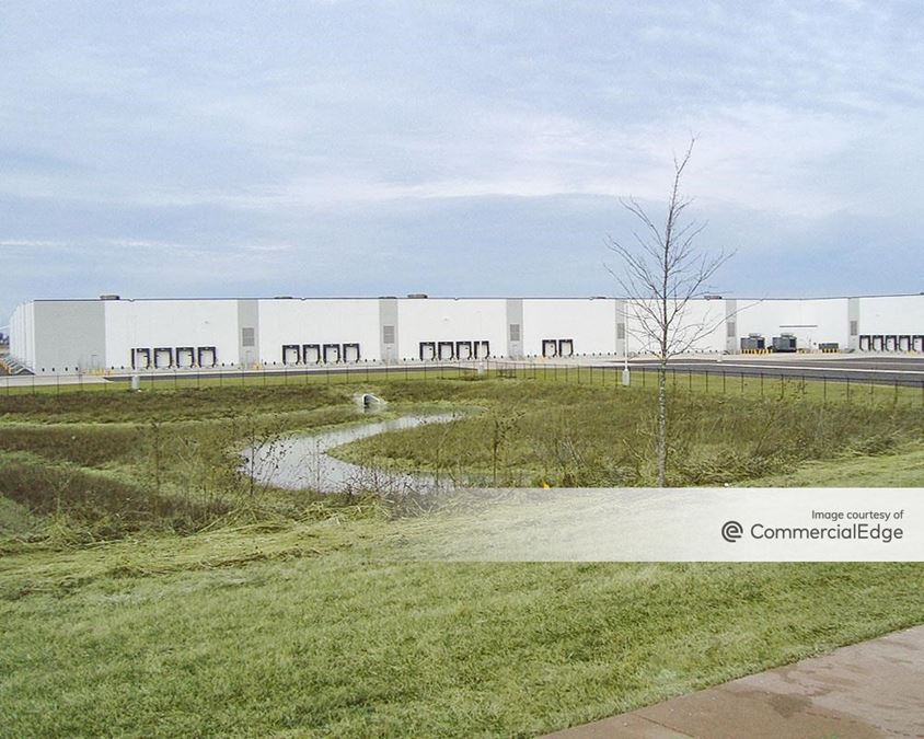 CenterPoint Intermodal Center - 4005 Cedar Creek Drive
