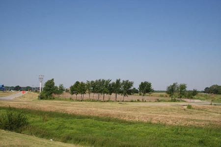 I- 35 and Hwy 9 Newcastle, Oklahoma 73065 - Newcastle