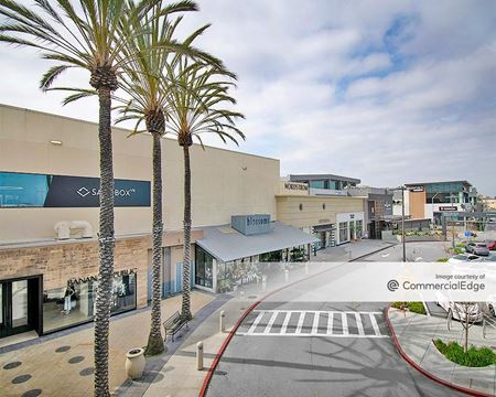 Hillsdale Shopping Center - San Mateo