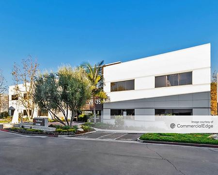 Corporate Center Calabasas - 26635-26637 Agoura Road - Calabasas