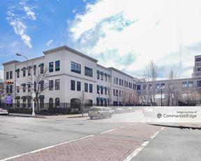 320 University Avenue