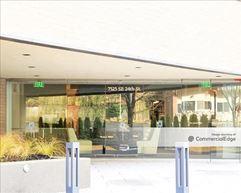 Island Corporate Center - Mercer Island