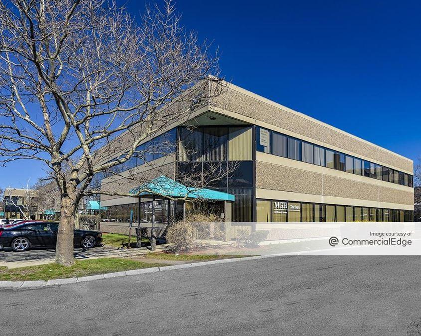 Harbour Pointe Office Park - 100 Everett Avenue