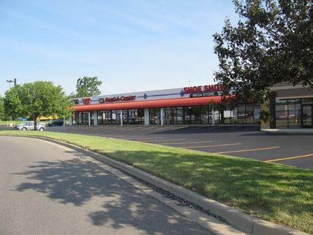 Prime Retail Space Available - Auburn