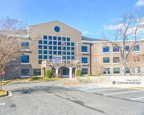 Innsbrook Corporate Center - Lakeview Center