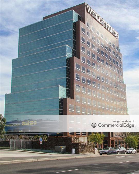 Barranca Office Tower