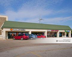 Oates Park Shopping Center - Mesquite