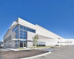 301 Business Center - Bldg 100