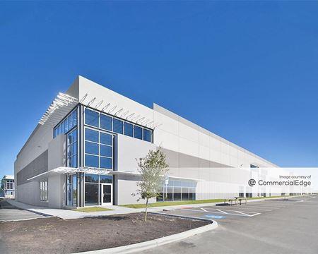 301 Business Center - Bldg 100 - Tampa