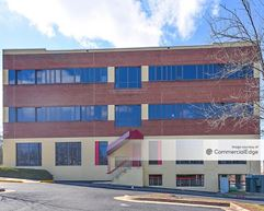 Linden Lake Business Center - Manassas
