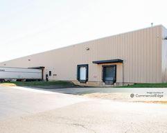 Kaiser Business Center - 519 & 525 Kaiser Drive - Folcroft