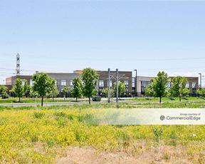 Lake Pointe Corporate Centre - 2987 South Decker Lake Drive