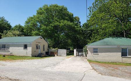 2299 Dixie Avenue - Smyrna