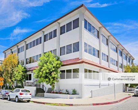 Corbin Business Center - Tarzana