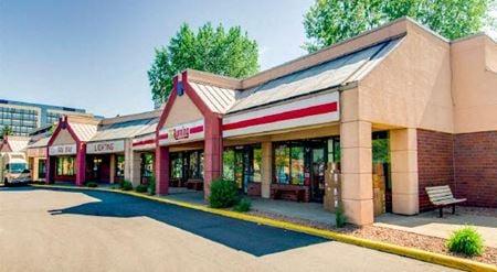 Shady Oak Retail Center - Eden Prairie