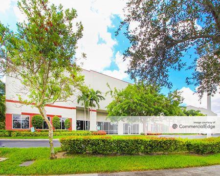 Center Port Distribution Center #300 - Pompano Beach