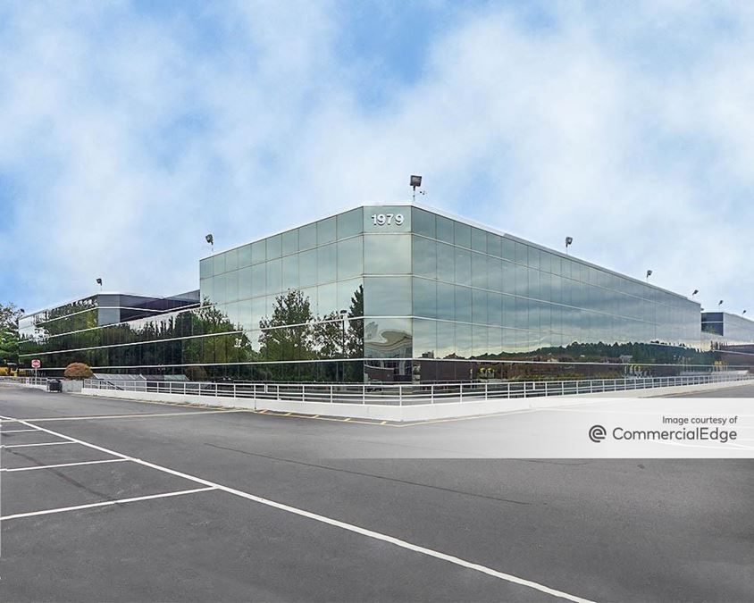 Lake Success Corporate Center