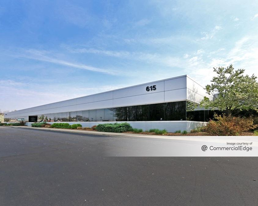 Lakeside Green Business Center & Carmel Corporate Four