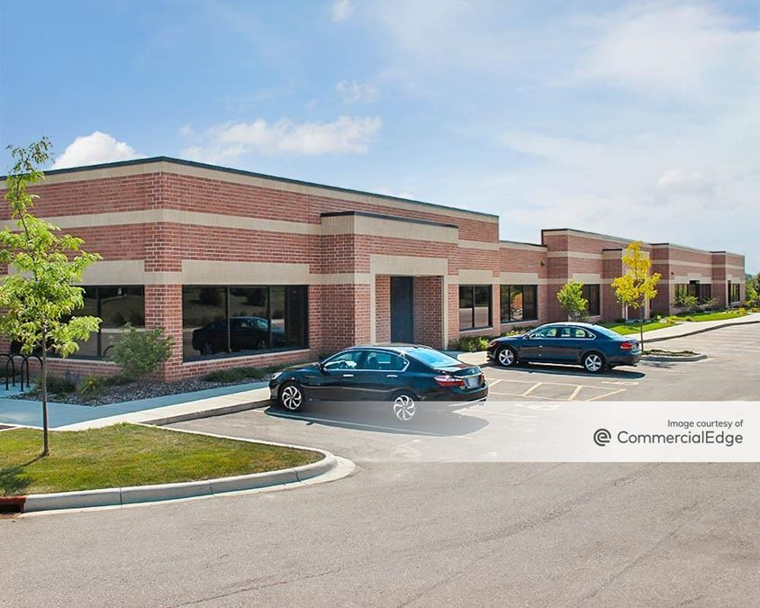 Madison East Business Center - 4618 South Biltmore Lane