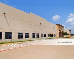 Twin Creeks Business Center - 1303-1307 North Watters Road - Allen