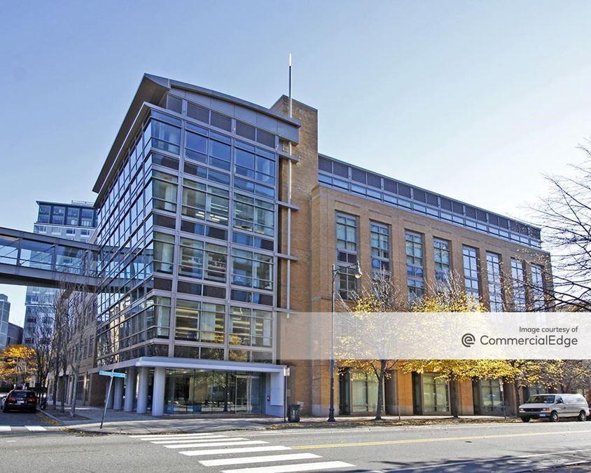 University Park at MIT - 88 Sidney Street
