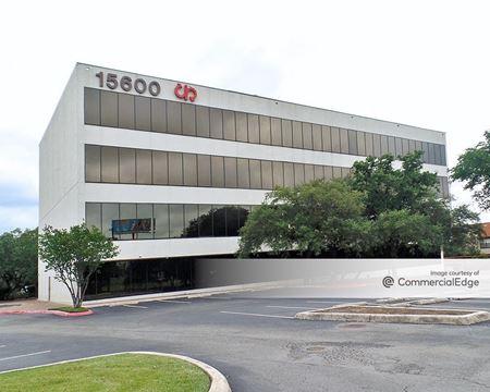 15600 San Pedro Avenue - San Antonio