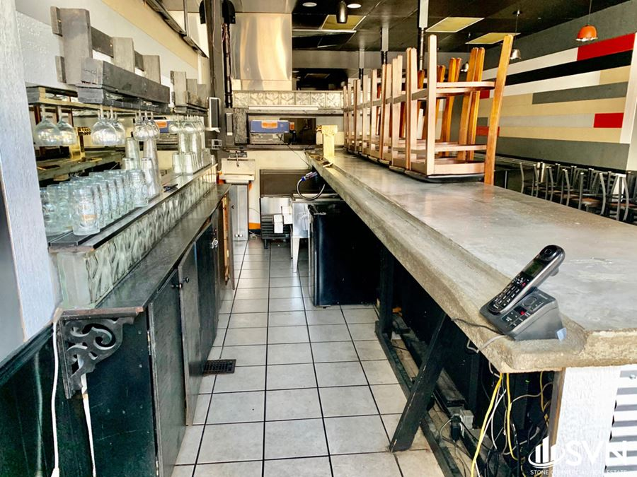 Fully Equipped Downtown Restaurant For Lease