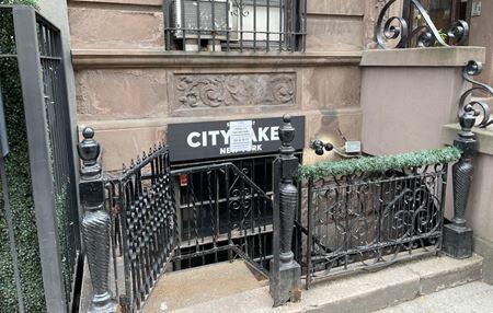 251 W 18th St - New York