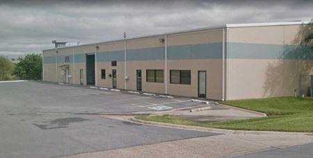 Showroom Warehouse - McAllen