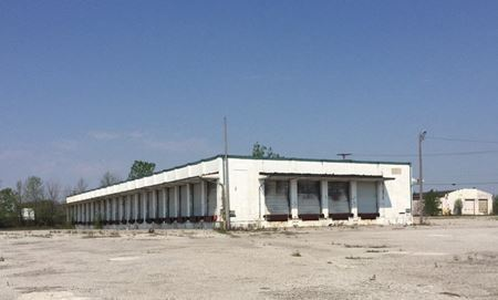 2424 Bremer Rd - Fort Wayne