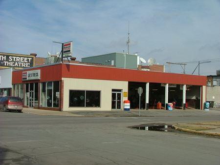 100 N 4th St - North Sugar Creek Township