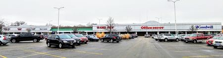 Downers Grove Plaza | In-line & Outparcel Opportunities - Downers Grove