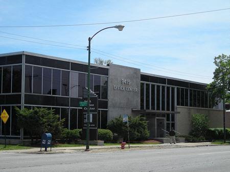 9415 S Western Ave - Oak Lawn