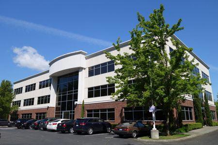 Van Doren's Landing Office Plaza - Kent