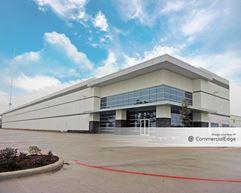 Fallbrook Pines Business Park - Building 6 - Houston