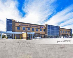 Summit Orthopedics Building - 3580 Arcade Street