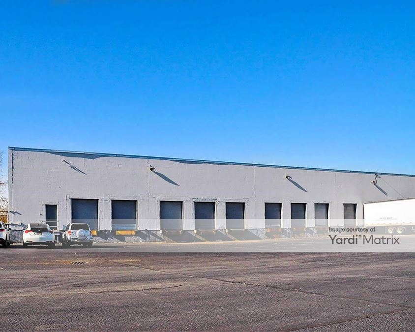Prologis Lincoln Crossing - 220-230 Clay Avenue
