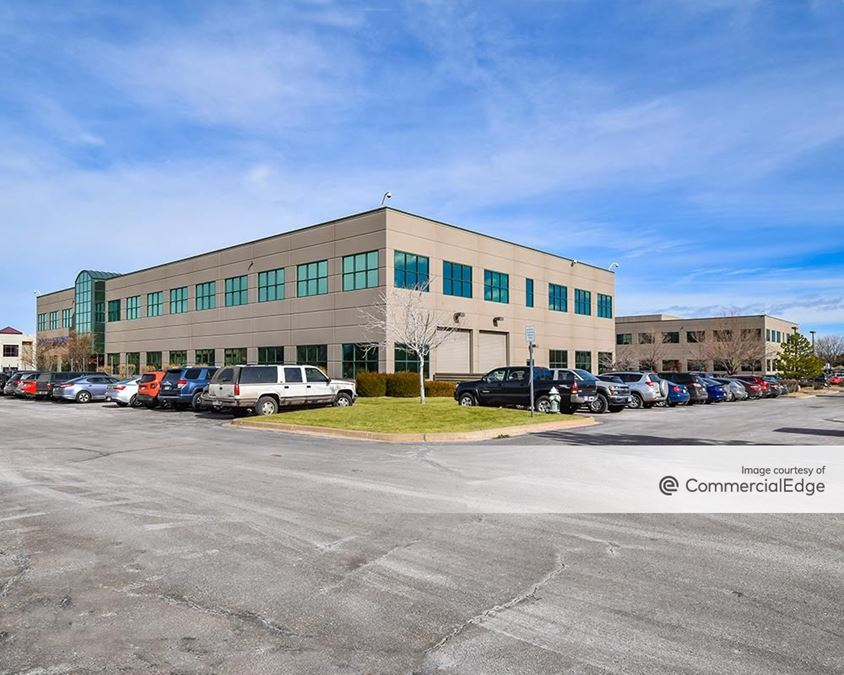 Corporate Place One - 6120 & 6170 Longbow Drive