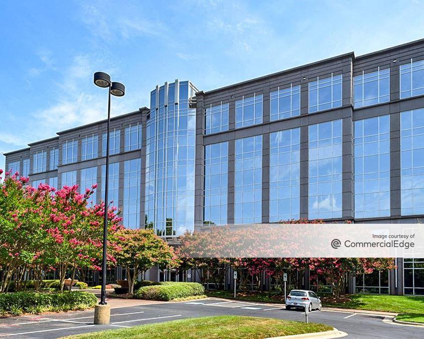 4 Coliseum Centre