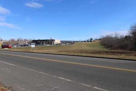 Whiting Farms Road - Holyoke