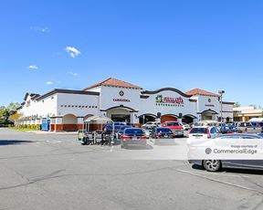 Old Orchard Shopping Center - Valencia