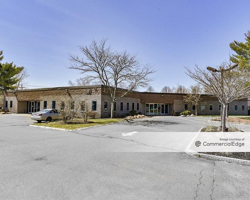 Audubon Commerce Center