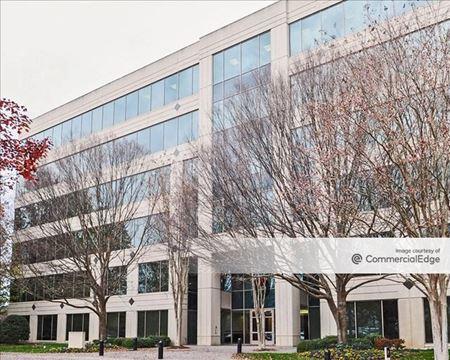 Sugarloaf Corporate Center - 2055 Sugarloaf Circle - Duluth