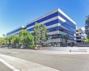 Colorado Center - Building F