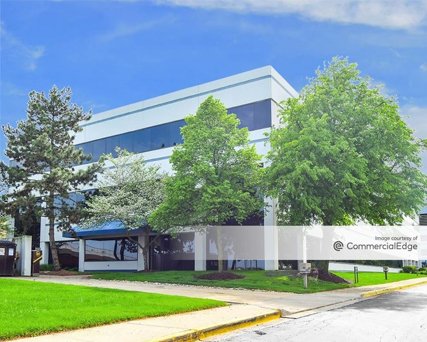 Wright Executive Center Office Park - 2900 Presidential Drive