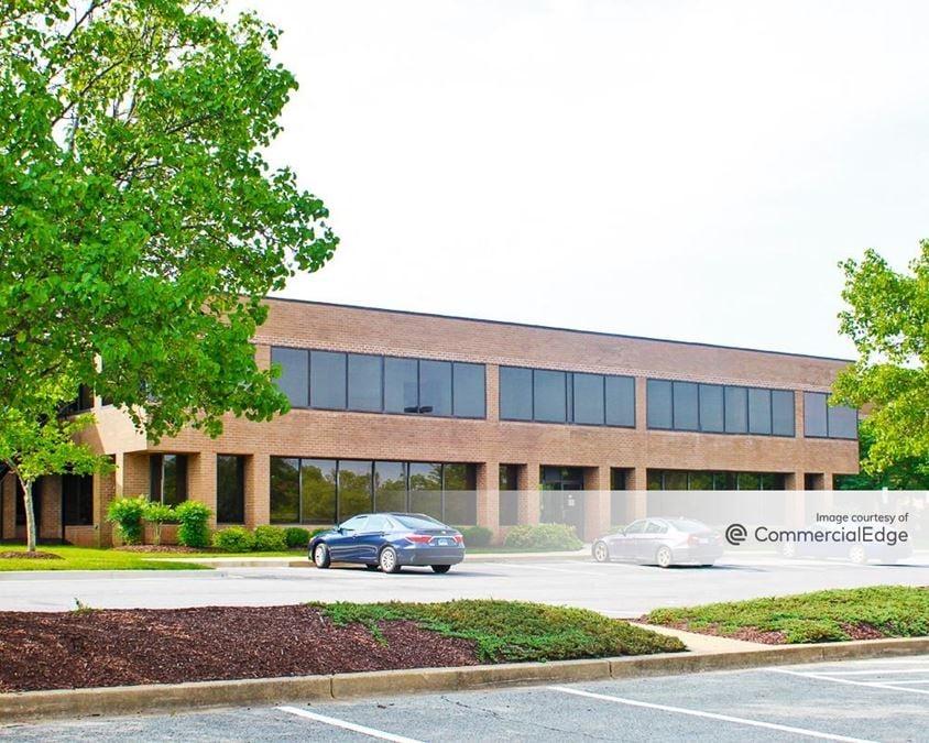 Beco Park at Forbes Center - 10101-10123 Senate Drive
