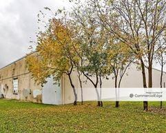 Silber Road Business Center - 1246-1270 Silber Road - Houston