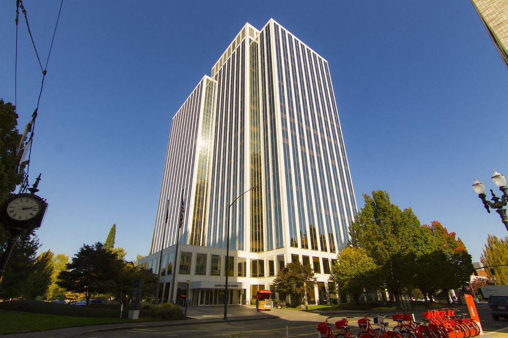 Lloyd Center Tower